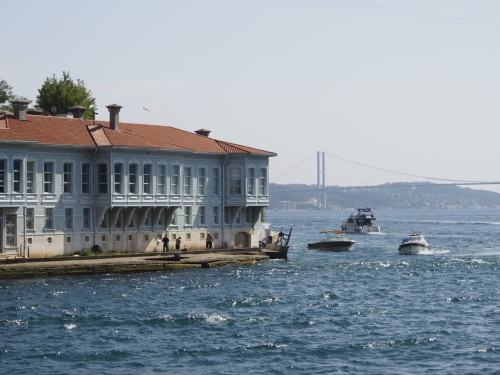 house on bosphorus